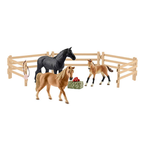 Schleich 42391 - Farm World - Tennessee Walker auf der Weide